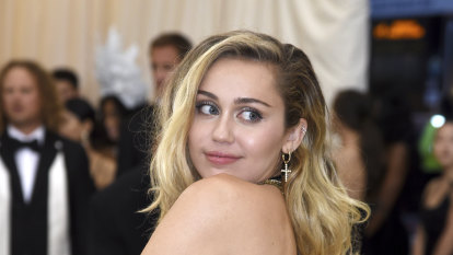 'Don't run': Miley Cyrus settles $430m lawsuit by Jamaican songwriter