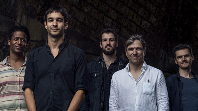 The Alex Stuart Quintet, from left: Irving Acao - Tenor Saxophone and Keyboards ; Alex Stuart - Guitar, compositions; Arno de Casanove - Trumpet, Voice and Keyboards; Antoine Banville – Drums; Ouriel Ellert - Bass.