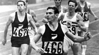 New Zealand's greatest Olympian, Sir Peter Snell, dies aged 80