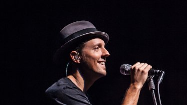 Jason Mraz of 'I'm Yours' fame will perform shows with James Blunt, of 'You're Beautiful' fame, in Australia next year.