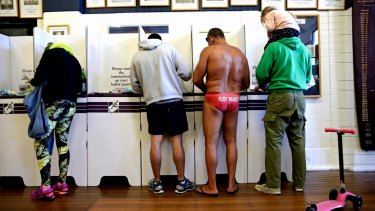People cast their vote at Bondi for the 2016 federal election.