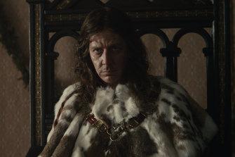Fills the frame: Ben Mendelsohn as Henry IV in The King.