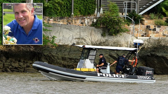 'Anomaly' found at bottom of Brisbane River in search for rower