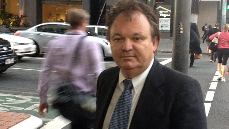 Convicted conman Peter Foster to give evidence in murder trial.
