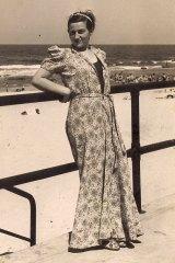 Lisl Ziegler at Bondi beach.