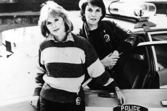 Sharon Gless and Tyne Daly in Cagney and Lacey.