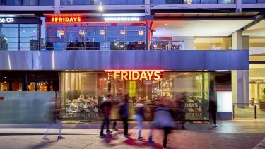The Freshwater Place home of TGI Fridays has been sold under the hammer for $6,532,500.