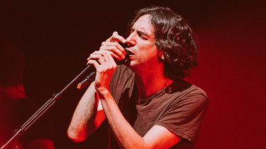The melodic gifts and generous spirit of Snow Patrol's Gary Lightbody shone at an acoustic show at Sydney Opera House.
