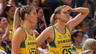Dejected Diamonds players after the loss to the Silver ferns in Sydney.