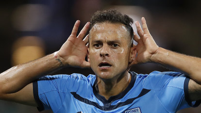 Sydney FC to make changes but will resist overhaul after bitter loss