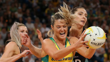 Gretel Tippett playing for the Diamonds in the Constellation Cup, seven years after switching to netball from basketball.