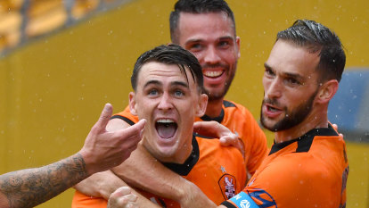 Young gun who hadn't played for a month gives Roar win over Phoenix