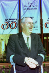 Fixing it: Tony Staley at the Liberal Party's Albury conference in 1994.