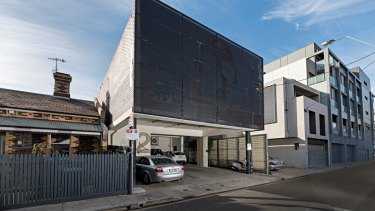 2 Macquarie Street, Prahran.