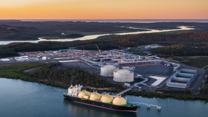 How to finish off manufacturing: become the world's biggest gas exporter