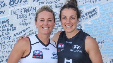 Katie Loynes (L) and Kerryn Harrington (R) will co-captain Carlton in the 2020 AFLW season.