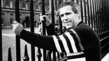 James Finch outside Buckingham Palace on October 31, 1988.