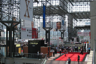 The Jacob Javits convention centre in New York has reduced bird deaths dramatically through a redesign.