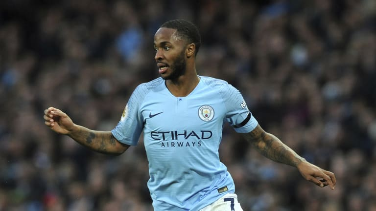 Raheem Sterling of Manchester City apologized to the referee after the match.