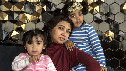'Poverty shock' looms for newly unemployed single parents