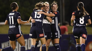 Natasha Dowie (centre) and Melbourne Victory will take on the top clubs of Asia.