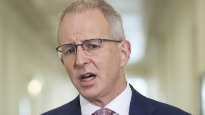 Australia urges US to follow its lead in regulating social media giants