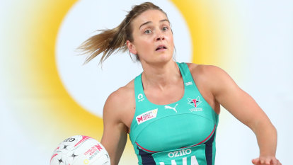Vixens smash Firebirds in ominous display