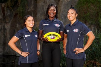 Haneen Zreika of GWS, Akec Chout of Richmond and Vescio.