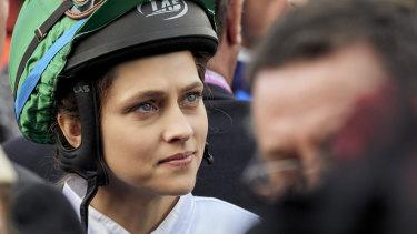 Teresa Palmer as Michelle Payne in Ride Like a Girl.
