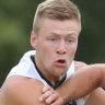 De Goey hurts hamstring at training