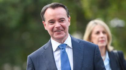 Liberal leadership rumblings resurface as Coalition closes gap on Labor