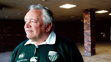 Much-loved Randwick identity and former club president Jeffrey Sayle died on Monday night.