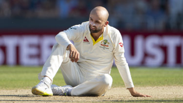 Nathan Lyon does not want a drop-in pitch at the SCG.