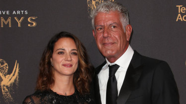 Asia Argento and Anthony Bourdain at the Creative Arts Emmy Awards in September 2017.