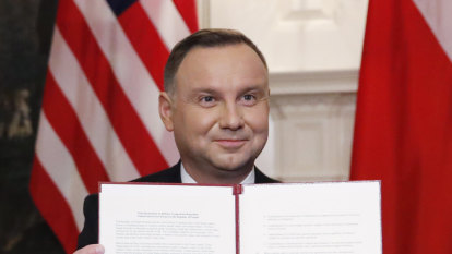Trump elevates Poland with troop decision, at expense of Germany