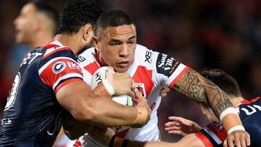 Tyson Frizell is a man in demand and is set to make a decision on his future before the NRL season starts.