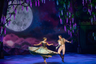 Courtney Monsma and Thomas McGuane in Frozen at Sydney's Capitol theatre.
