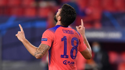 Giroud makes Champions League history, United lose