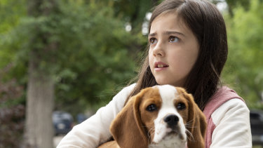 Abby Ryder Fortson plays a young C.J. in A Dog's Journey.