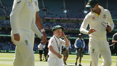 Archie Schiller walks onto the pitch at the Boxing Day Test.