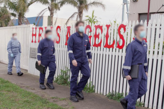 Police execute a warrant at the Thomastown clubhouse of the Hells Angels.