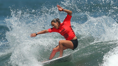 Fitzgibbons chases WSL title after reaching quarter-finals in Portugal