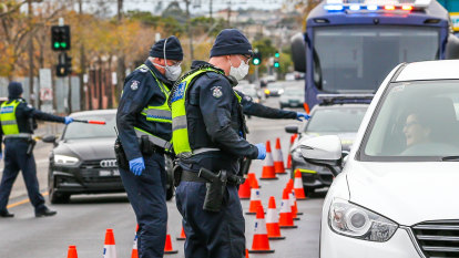 ADF and police to man rolling checkpoints as Melbourne re-enters lockdown