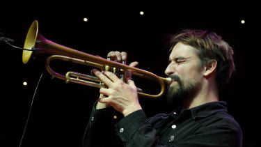 "Nick Garbett's electronically treated trumpet was key to the ensemble's ""turquoise-coloured"" sound."