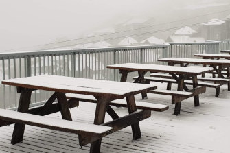It's summer, but not as we know it. December 1 in Mount Hotham.