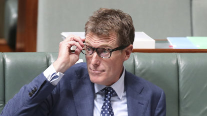Turnbull warned Christian Porter drinking with a staffer could expose him to blackmail