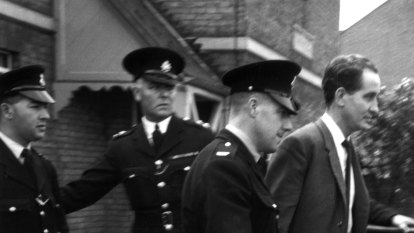 From the Archives, 1969: Police raid underworld in hunt for Ronnie Biggs
