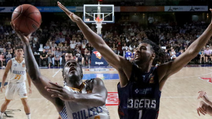 Bullets breeze past 36ers to strengthen finals claim