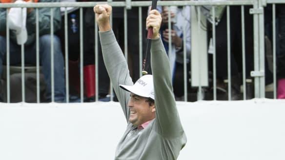 Bradley wins BMW Championship, Tiger falls short once more