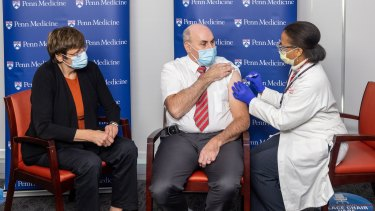 Dr Drew Weissman and Dr Katalin Karikó received their first dose of the Pfizer/BioNTech vaccine together in December.